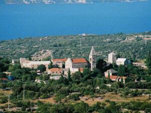 skrip brac predaj pozemok stavebny chorvatsko